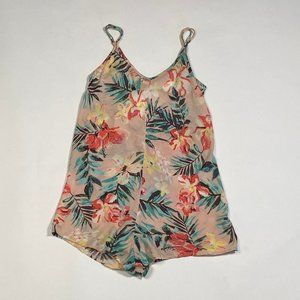 Floral romper with crisscrossed straps